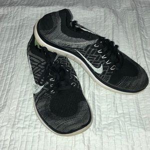 Nike free runs 4.0